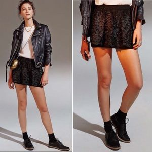 {Kimchi Blue UO} Black Lolly Lace Party Mini Skirt